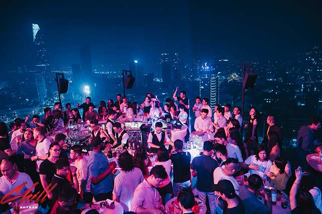Chill skybar: meet girls in ho chi minh city