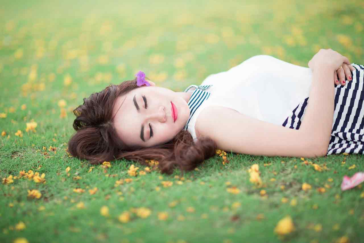 Vietnamese girl lying down