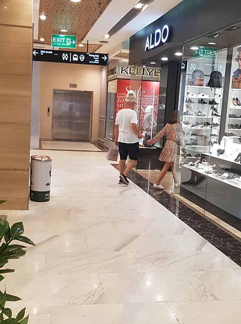 Older men dating younger women in aldo shop