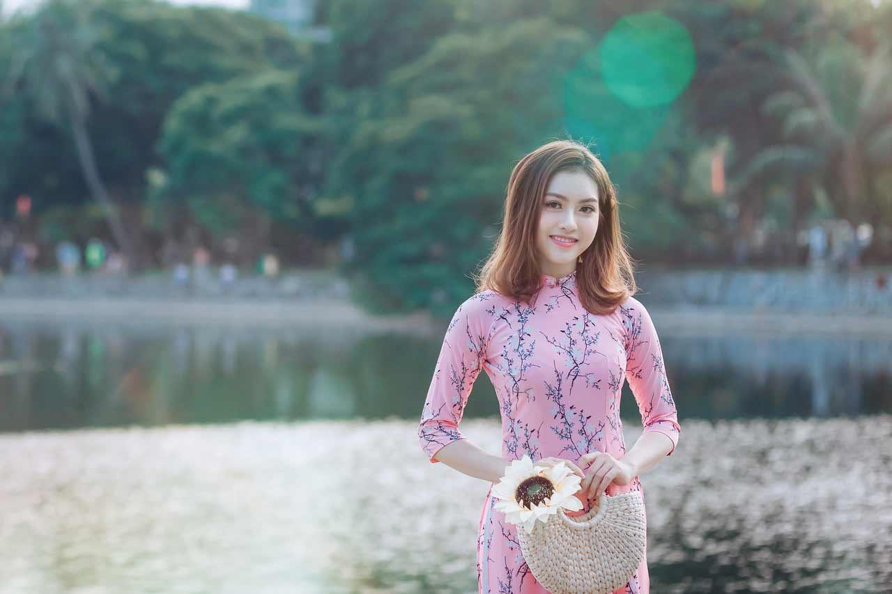 Vietnamese girl in pink ao dai