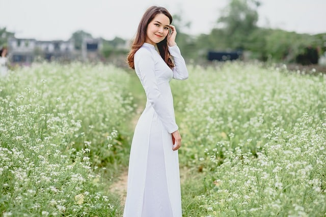 beautiful Vietnamese girl