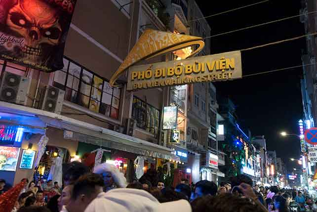 dating costs in vietnam: free options: bui vien street