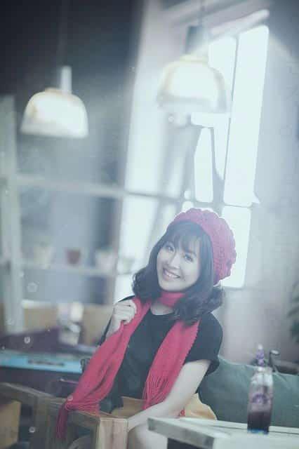 vietnam girl in red hat