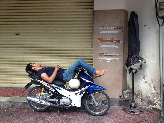 Xe ôm taking a nap