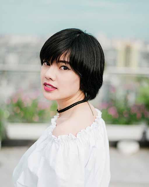 speak Vietnamese to date Vietnamese girls: girl in white