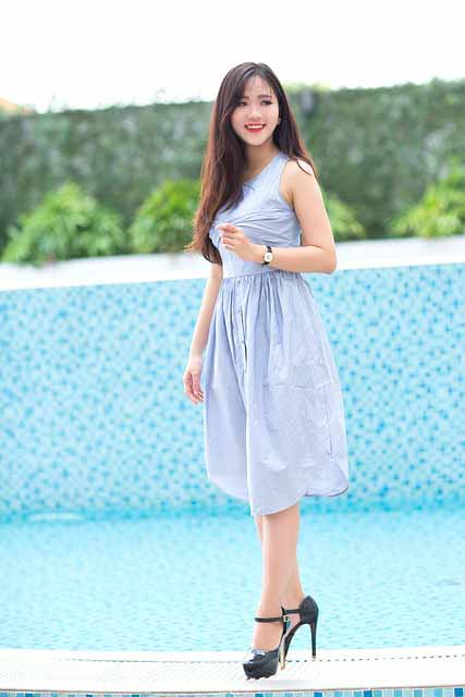 long distance dating: Vietnamese girl in light blue dress