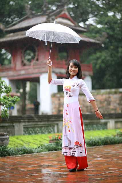 Cute Vietnamese girl from Vietnamese marriage agency