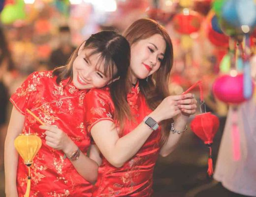 Chinese girls together