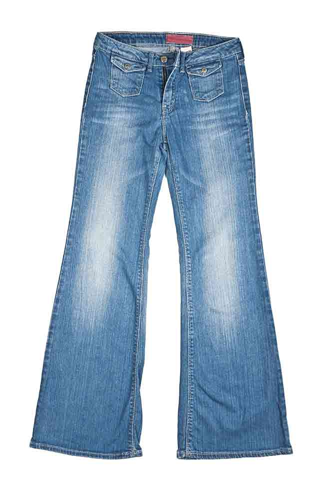 wear this to repeal Asian women: hippy jeans